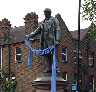 Gladstone with blue scarf