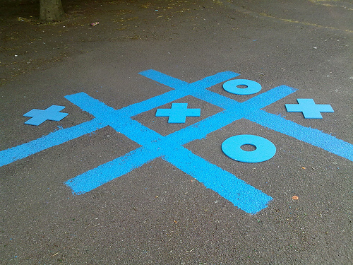 Blue tic tac toe